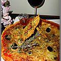 Pizza aux 4 fromages, pâte à curry et noix de cajou