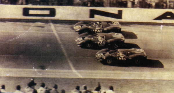 1967-Daytona-412 P_330 P 4_330 P3 4-arrivee-06