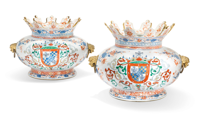 2019_CKS_17726_0051_000(a_pair_of_chinese_verte-imari_armorial_wine_coolers_for_the_portuguese)