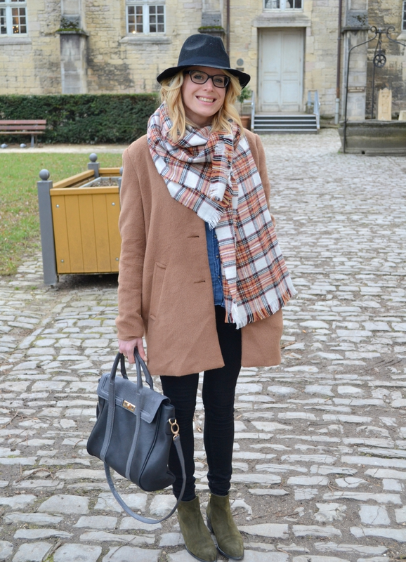 LOOK OF THE DAY27