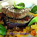 Foie gras de canard poelé, millefeuille de pain d' épices