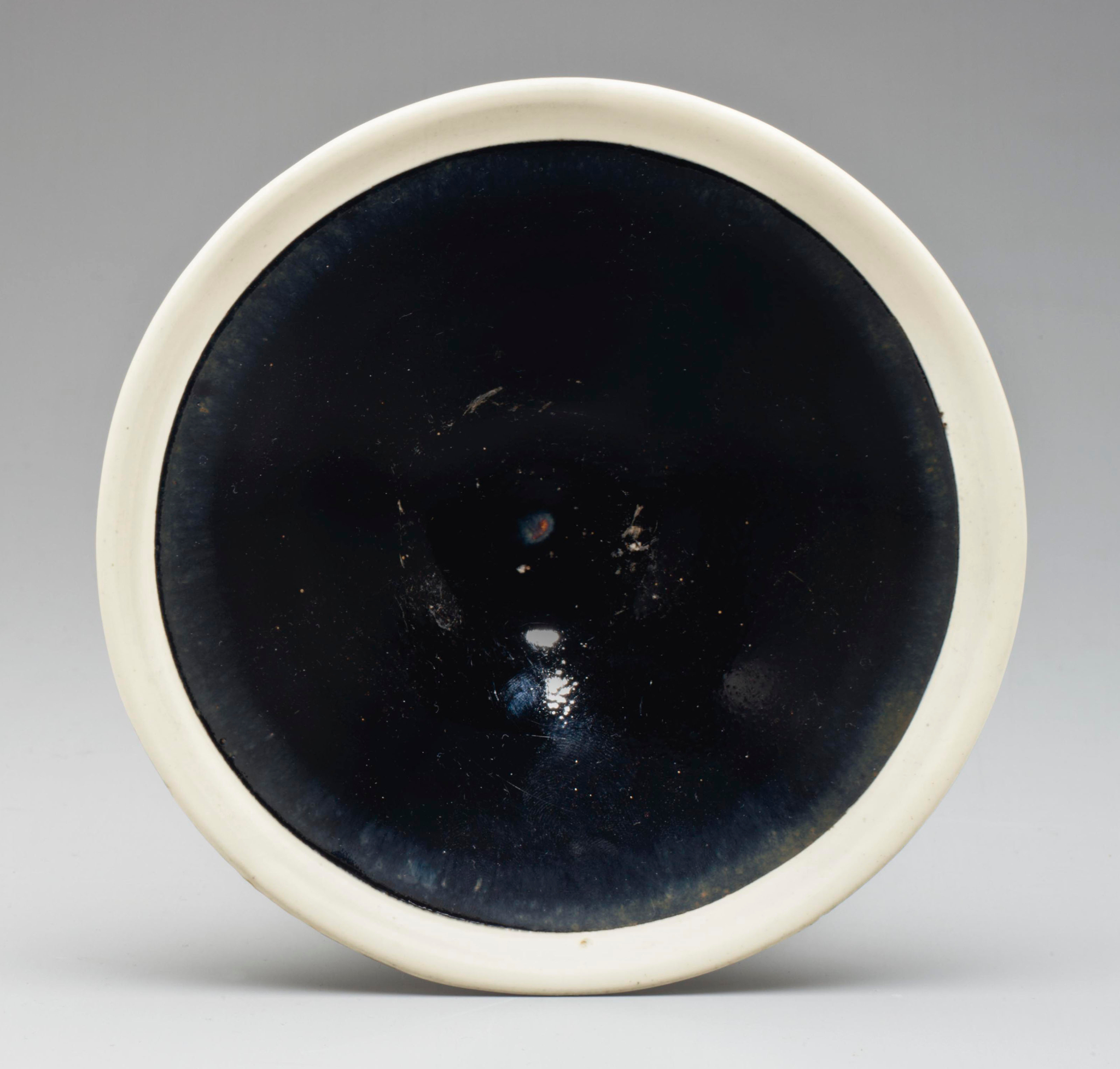 A Cizhou-type black-glazed conical bowl with white rim, Northern Song-Jin dynasty (960-1234)
