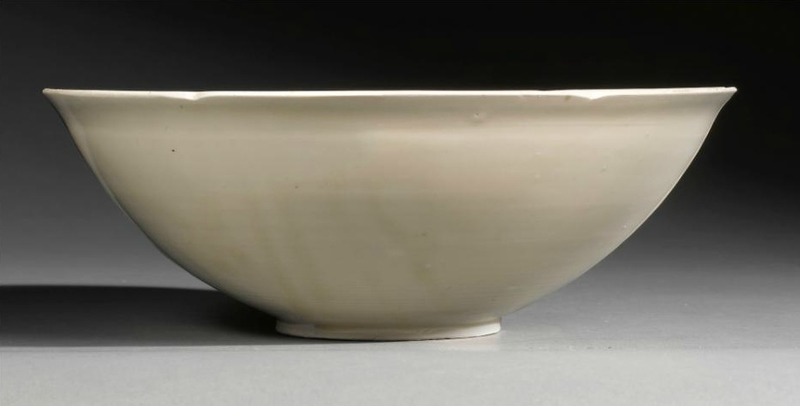 A fine and large 'Ding' 'Lotus' Bowl, Song Dynasty