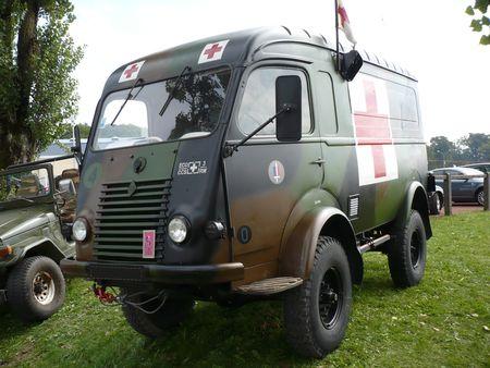 RENAULT_Go_lette_R2087_ambulance_militaire_1963_Cr_hange__1_