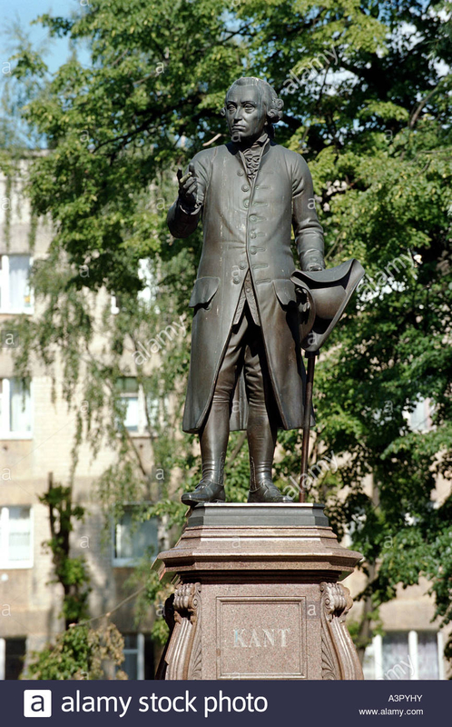 statue-of-immanuel-kant-in-kaliningrad-russia-A3PYHY