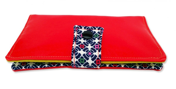 portefeuille-marcius-original-retro-pop-cuir-synthetique-rouge-brillant-motifs-fleurs-coloddd