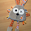 doudou_lapin_plat_marron_orange__1_
