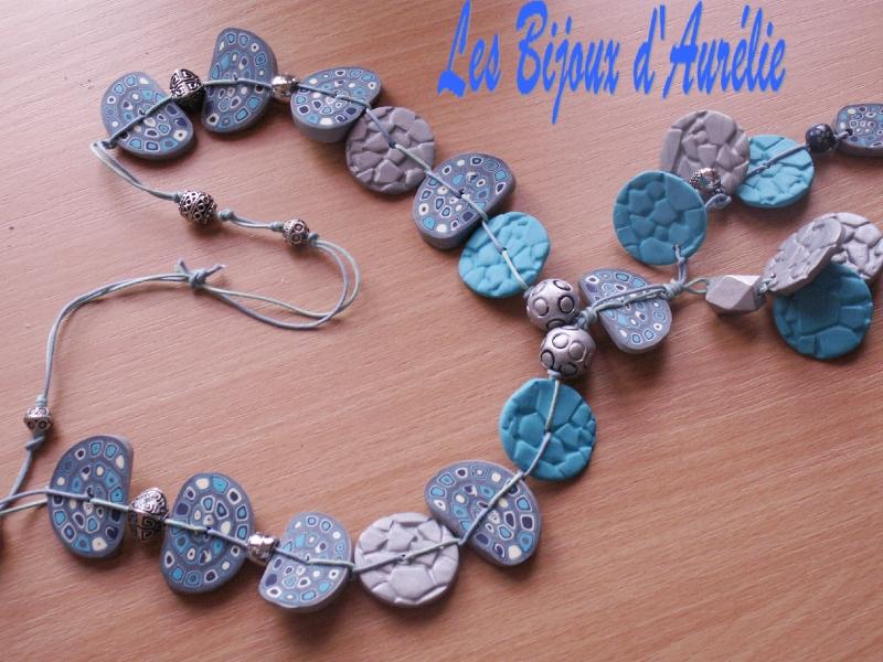 sautoir gris bleu