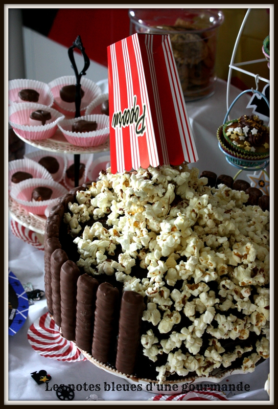 gravity_cake_cin_ma_pop_corn_Les_notes_bleues_d_une_gourmande