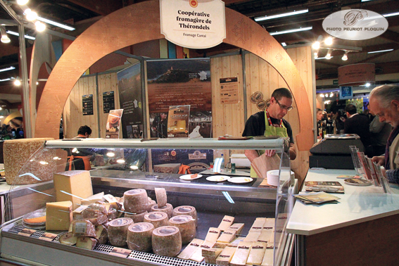 SALON_REGAL_stand_COOPERATIVE_FROMAGERE_DE_THERONDELS