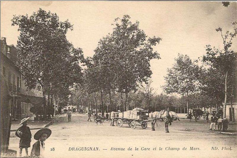 Poids public-Dragugnan-Champs de Mars