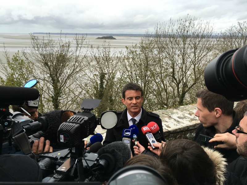 Manuel Valls Premier ministre Mont-Saint-Michel avril 2016 pool media ITW