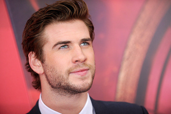Galerie sur … Liam Hemsworth … acteur. surfeur . végan . hot !
