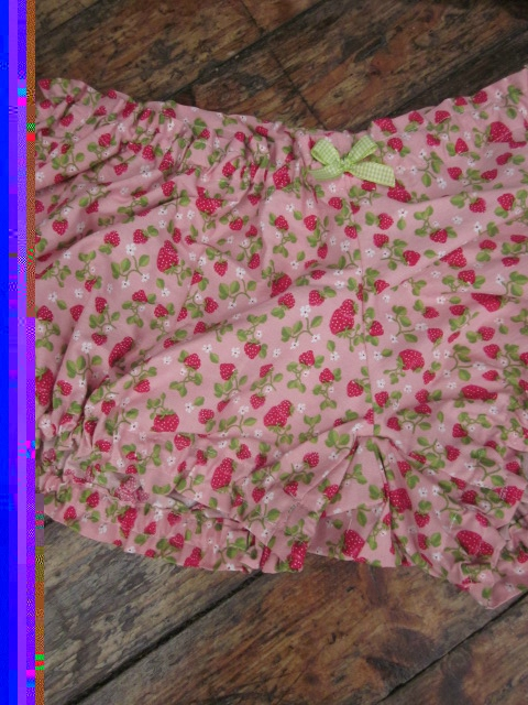 Culotte BIANCA en coton rose imprimé fraises - noeud de vichy vert (1)