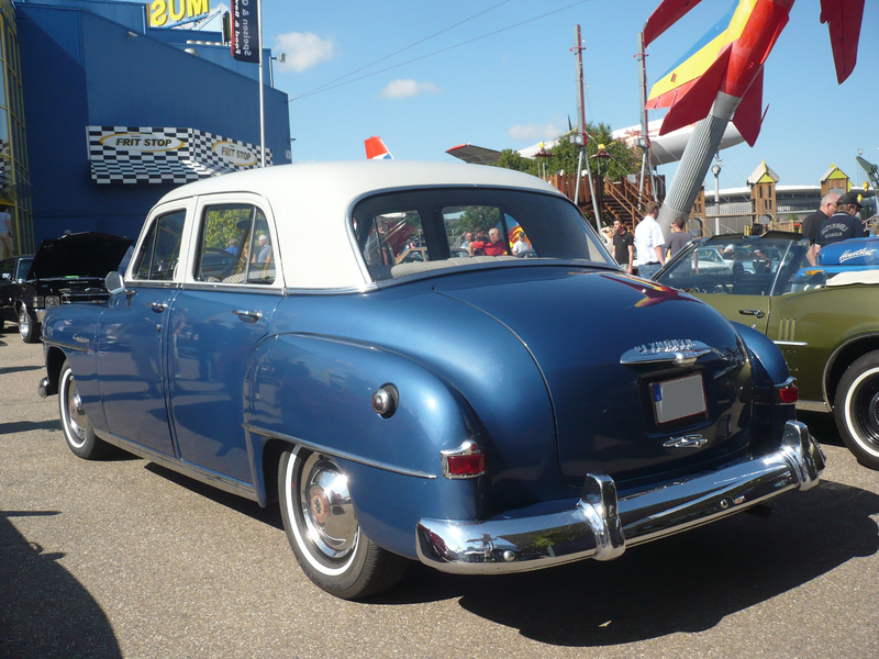 PLYMOUTH Cambridge 4door Sedan 1952 Sinsheim (2)