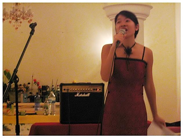 Y-Lan au chant