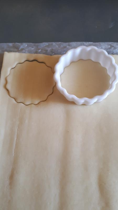 Minis croissants et minies pizzas pour l'apéritif 025