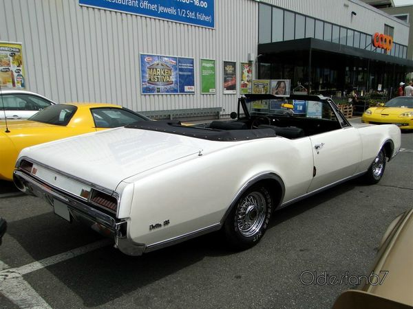 oldsmobile delta 88 convertible 1967 b