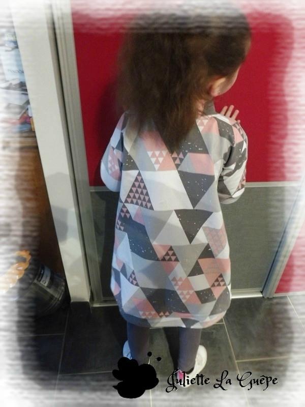 perri pullover triangle gris rose 5