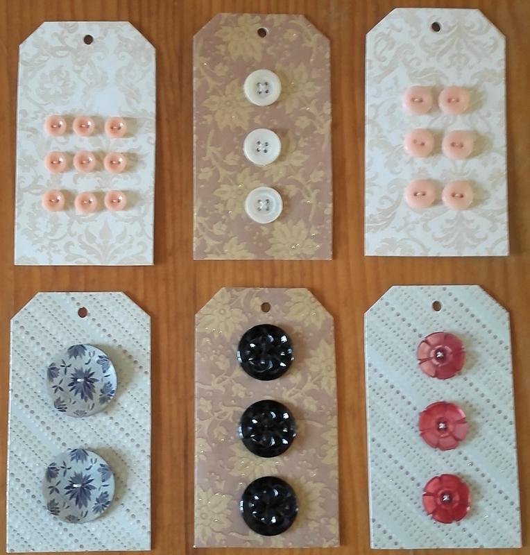 Cartonnettes de boutons