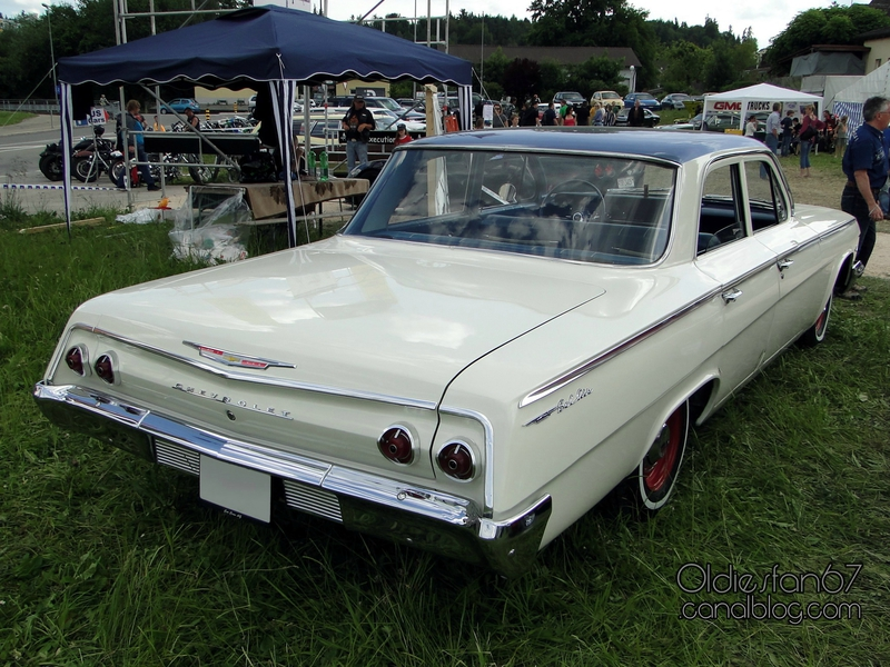 chevrolet-bel-air-sedan-1962-02