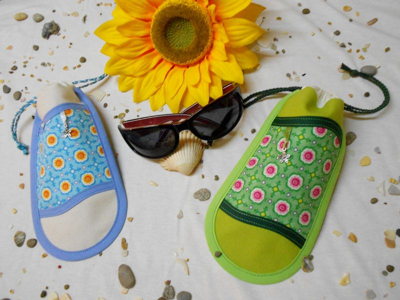 Pochettes lunettes Rétro verde et Blue Rétro