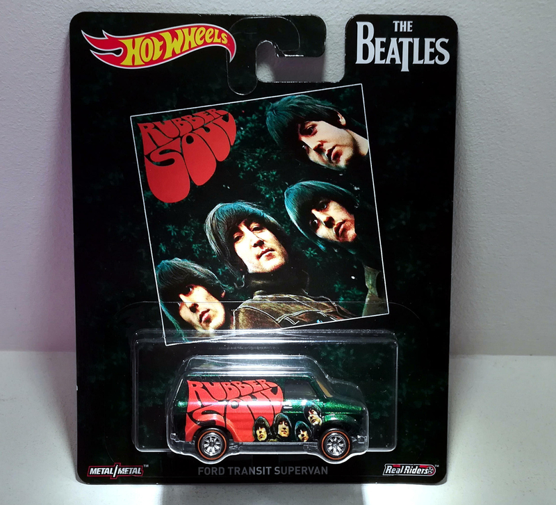Ford Transit Supervan (The beatles) Hotwheels