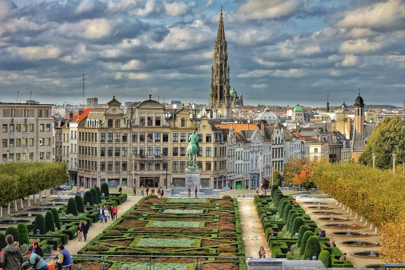 brussels-plaza-city-belgium-hdr