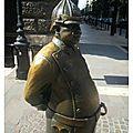 BUD statue ronze