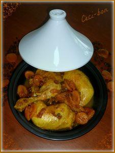 Tajine poulet, abrictos et raisins secs