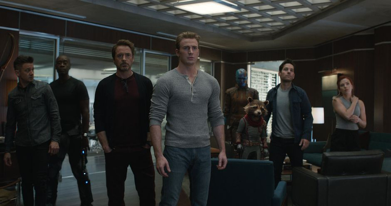 avengers_endgame_group_shot