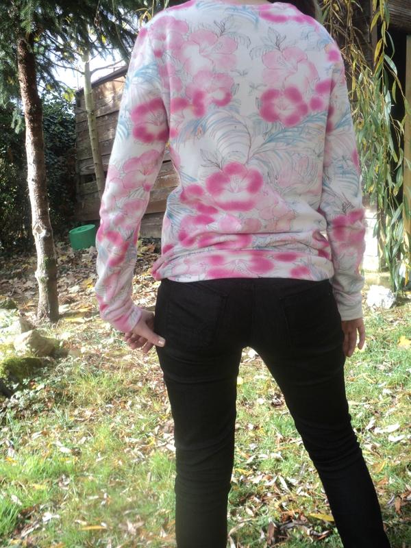 Sweat à fleur - Mag Fait main (18)