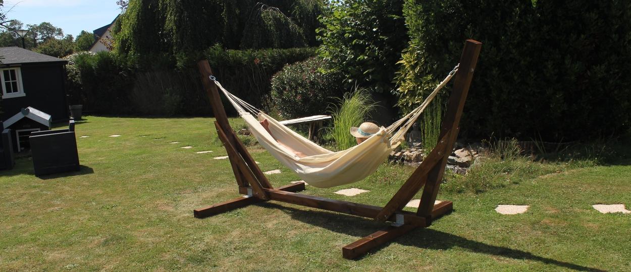 DIY Brico - Faire soi-même son support de hamac et se détendre