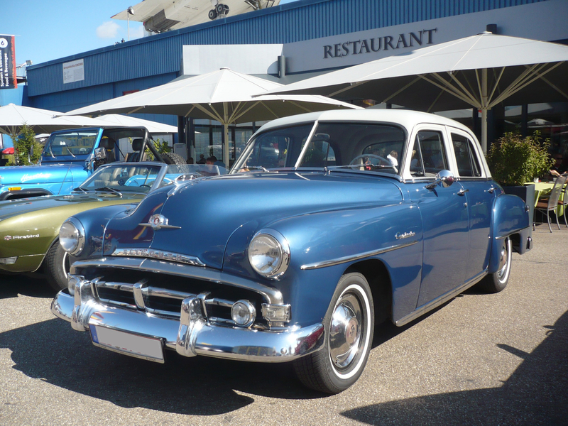 PLYMOUTH Cambridge 4door Sedan 1952 Sinsheim (1)