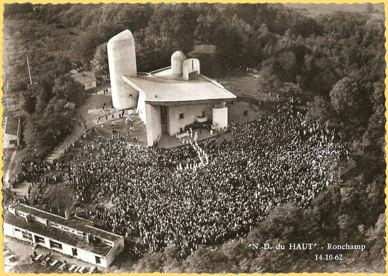 CPM Ronchamp Notre-Dame du Haut 1962 Pélerinage 14 oct CP2