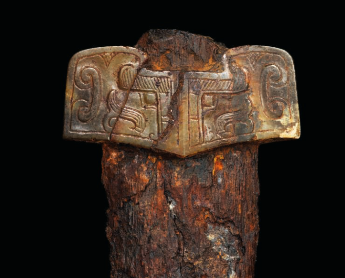 A brown jade sword guard and iron sword, Late Warring States- Western Han Dynasty (475 BC-AD 8) ------WebKitFormBoundaryMBd6QUM6FqBgYhAT Content-Disposition: form-data; name=