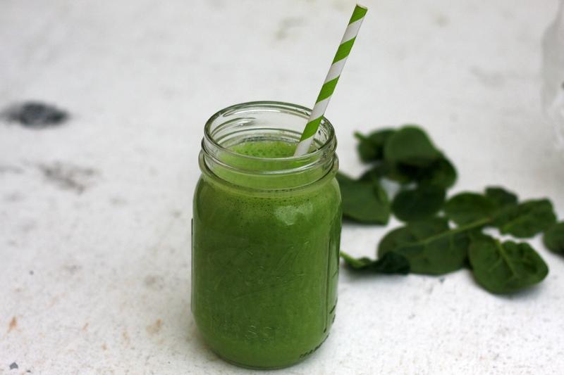 Green smoothie ou le smoothie aux fruits et légumes verts pour se remettre en forme