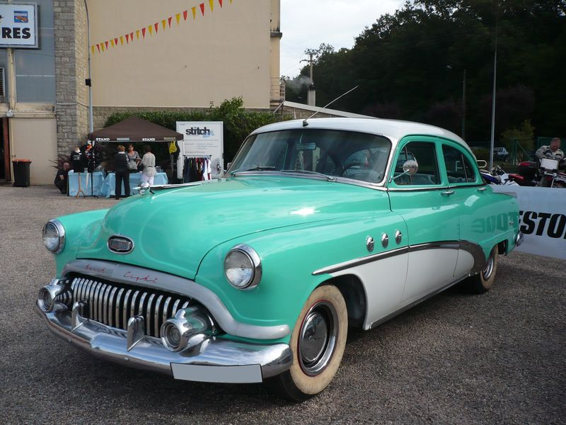 BUICK EIGHT SPECIAL 4door Sedan 1952 Créhange (1)