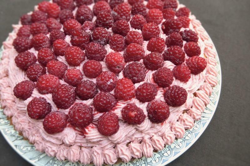 Gâteau fraises framboises pour web