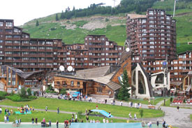 Photo-station-ski-Avoriaz-Alpes