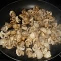 Petits champignons de paris confits au vinaigre