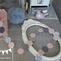 guirlande pastille cousue rond papier carton rose poudré gris étoiles décoration chambre enfant bébé fille