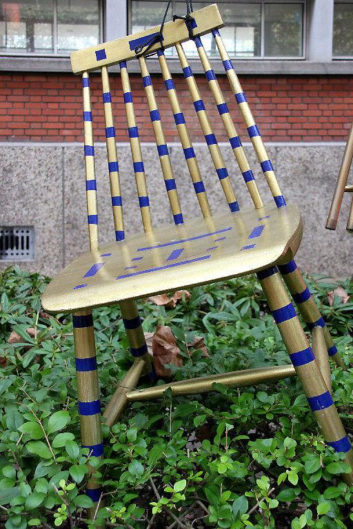 Vendanges Suresnes 13 (installation, chaises)_9654