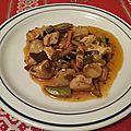 Blancs de poulet et légumes asiatiques croquants au wok