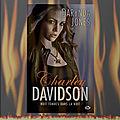 Charley davidson tome 8 : huit tombes dans la nuit (darynda jones)