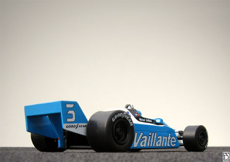 Vaillante_F1turbo82_05