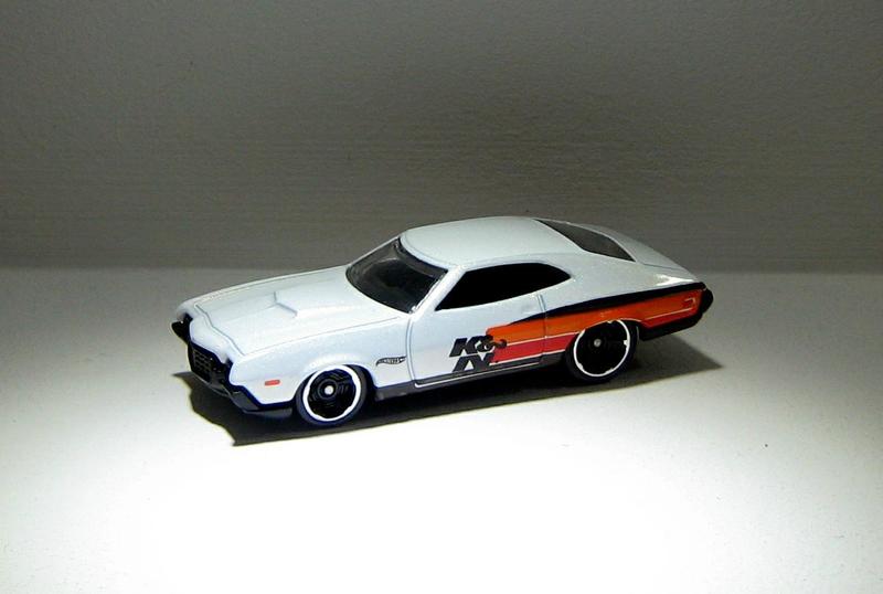 Ford gran torino sport de 1972 (Hotwheels 2012) 01