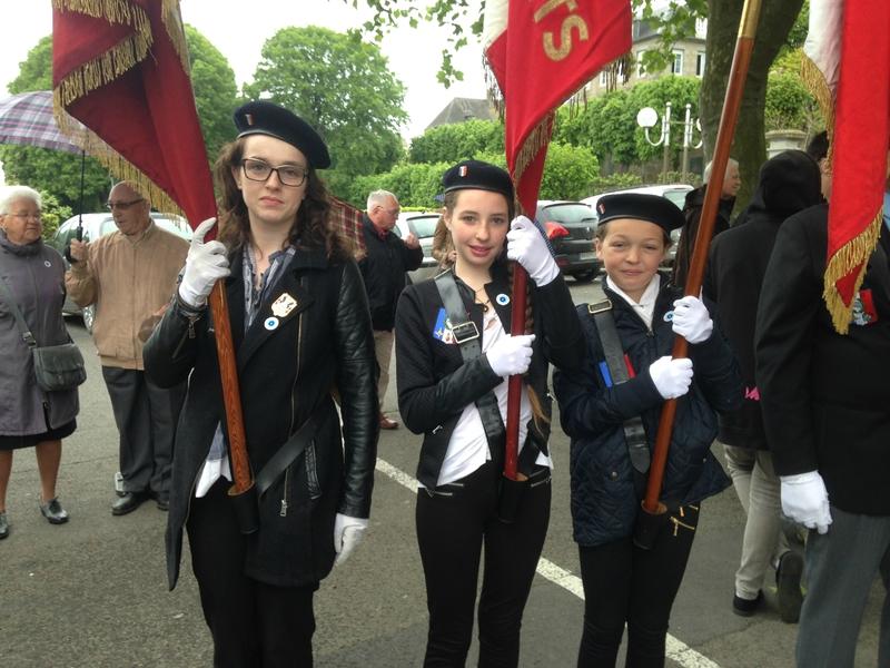cérémonie 8 mai 1945 2015 Avranches porte-drapeaux