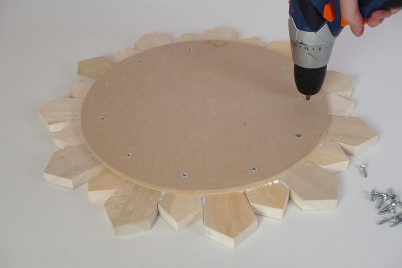 DIY miroir soleil en bois de palette / DIY pallet sunburst mirror