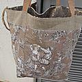 Grand sac cabas - tote bag réalisé en gros lin couleur naturel + bord en sequins - doublé toile de jouy - réversible - anse cuir
